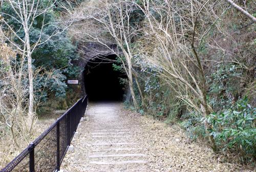 トンネル10怖い