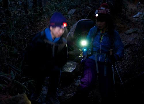 15六甲山東ヘッドライト