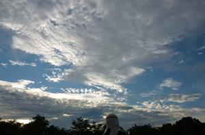 2012.9.3雲blog02