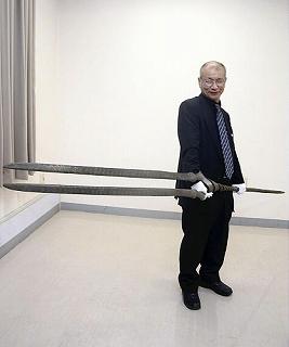 「ヱヴァ」登場「ロンギヌスの槍」を刀匠が再現