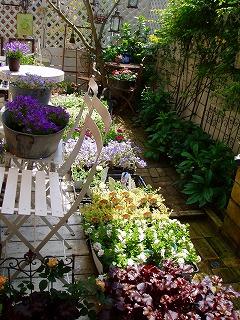 お庭のショップ風景