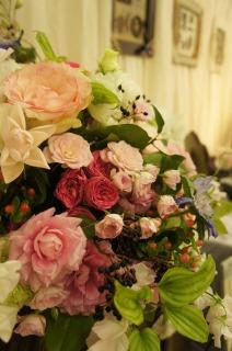 キレイなお花が会場を彩ります