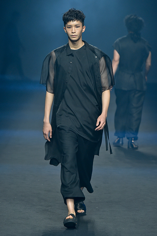 RESURRECTION15ss-a.jpg