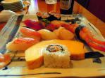 寿司というより伊達巻きご飯添え