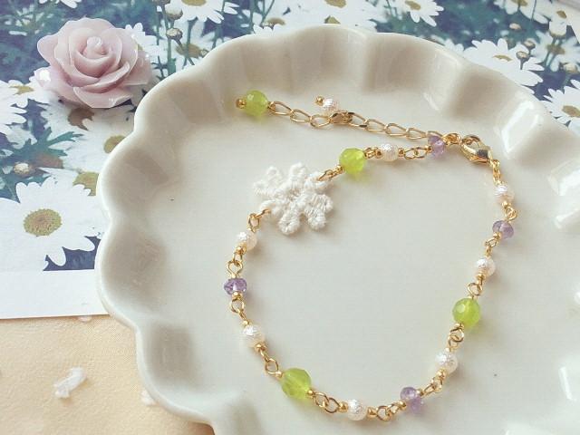 生成りお花レースと天然石のブレス新色1