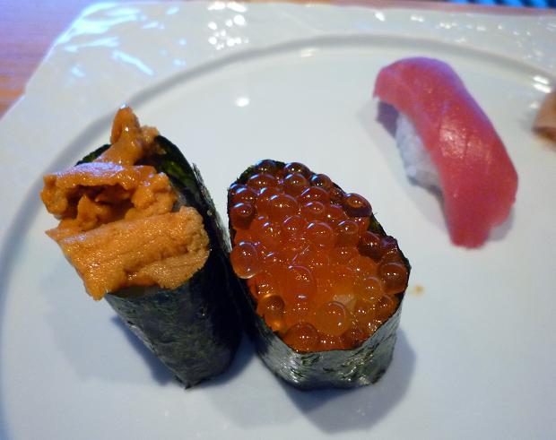4『鮨屋台』 ウニ・イクラ・マグロ