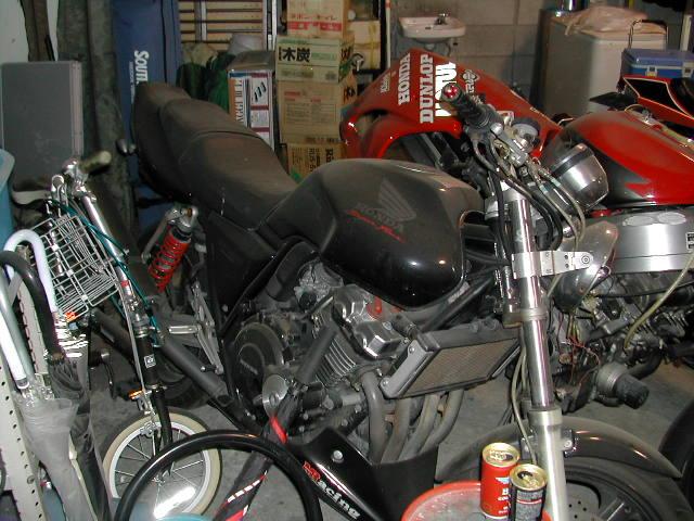 MY CB400001