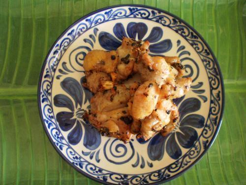 鶏肉の胡椒揚げ