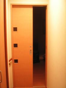 寝室ドア引き戸