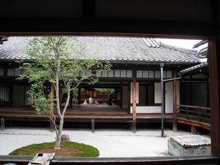 ○△□の庭1