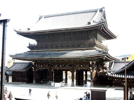 東本願寺御影門