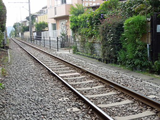 和田塚 線路沿い