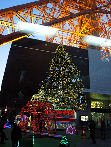 タワーのクリスマスツリー