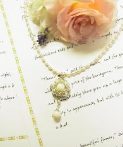 コーラルと淡水真珠のネックレス 1