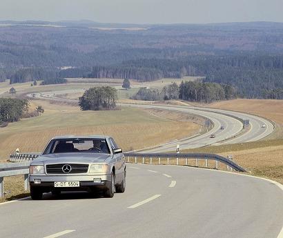 Mercedes-Auto2000-07.jpg