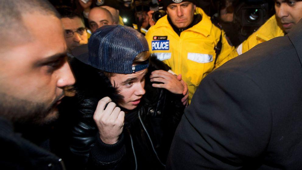 AP_Bieber_canada2_ml_140129_16x9_992.jpg