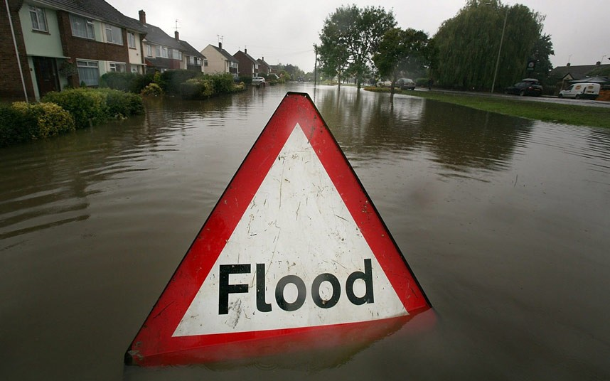 flood-sign_2607424k.jpg