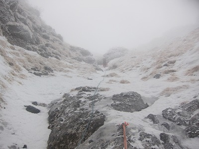 阿弥陀岳南稜P3、2ピッチ目。