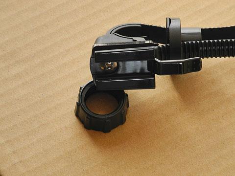 x-force-compact-bracket-screw.jpg