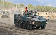 12-滝ヶ原 96式装輪装甲車 後部は兵員室