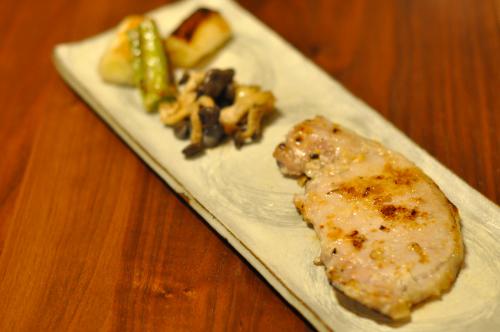 豚ロース肉の塩麹焼き