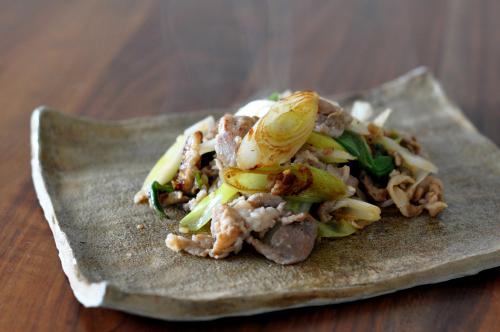 豚肉とネギの塩糀炒め