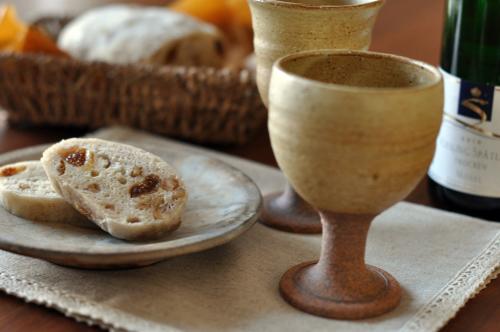 白ワインと白いちじくの白パン