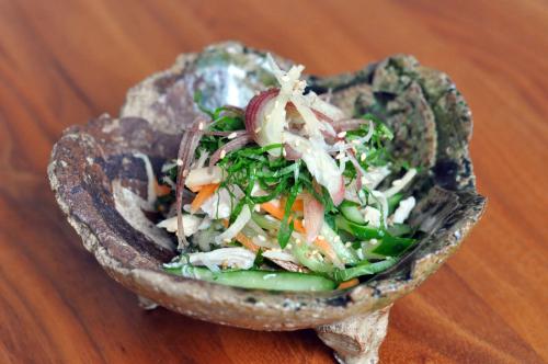 塩麹鶏と香味野菜の和え物