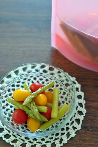 ミニトマトとアスパラのピクルス