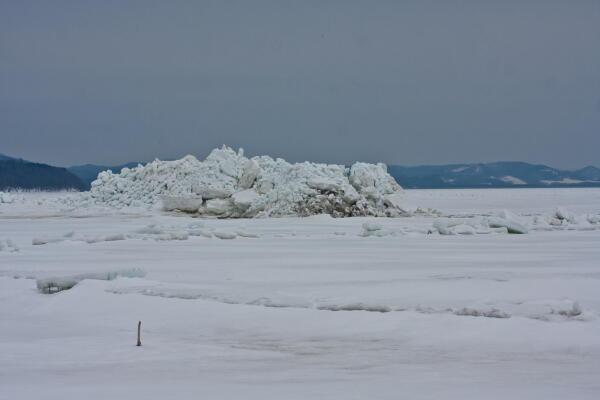 サロマ湖の氷の山