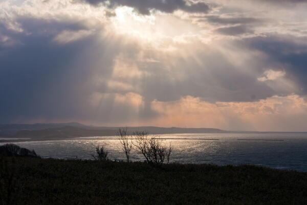 岬からの光芒