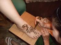 昨年、acchaにての「ヘナ・タトゥー」会