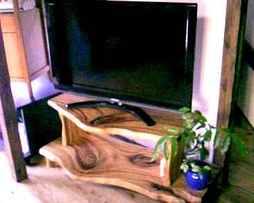 M宅~テレビ台。