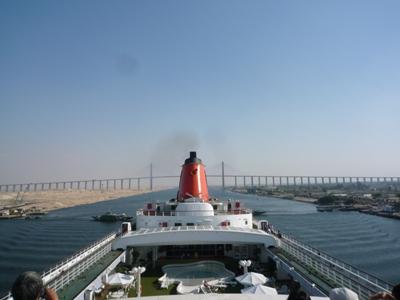ピースボートスエズ運河
