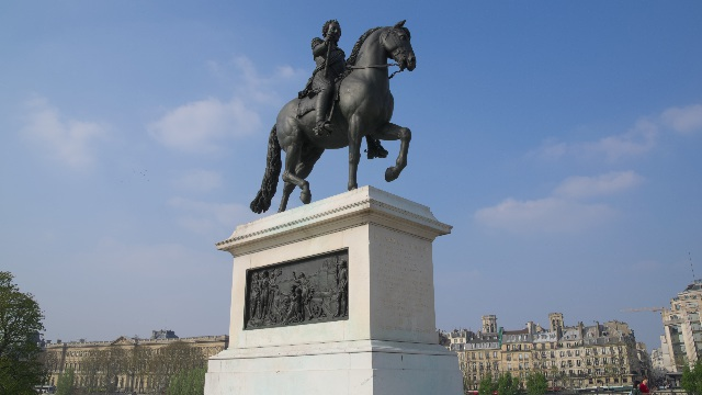 アンリ4世の騎馬像