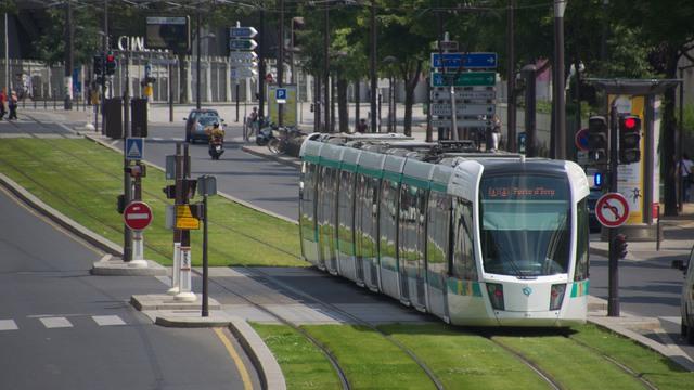 パリの路面電車T3