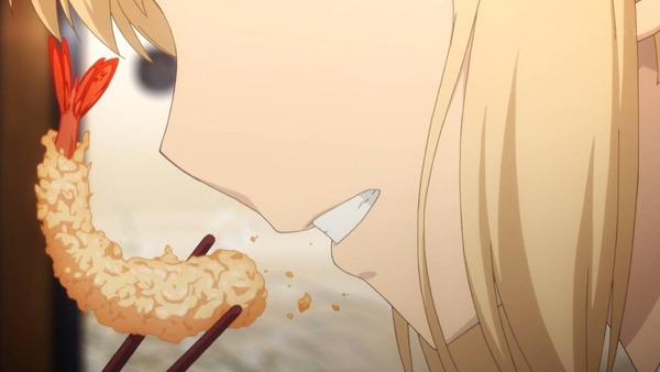 4 セイバー 天ぷらを食う
