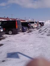 駐車場も車が