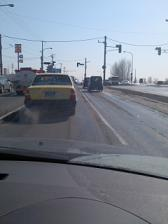 路面の雪は融けて
