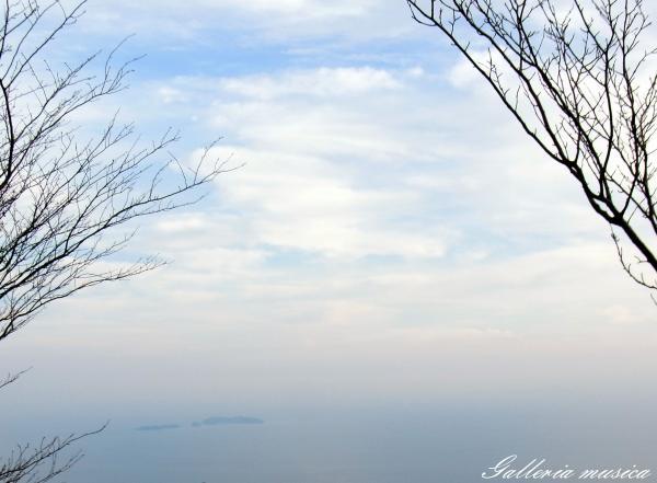 空と海と。7