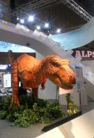 恐竜型ロボ