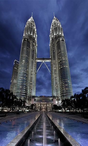 364px-Petronas_Panorama_II.jpg