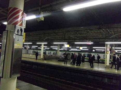 上野駅夜半