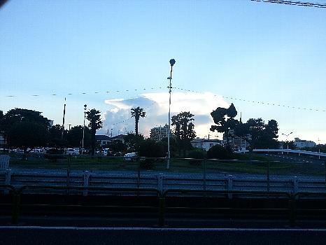 大泉の入道雲