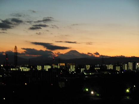 富士曇天の夕焼け