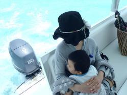 ボートの上でお昼寝