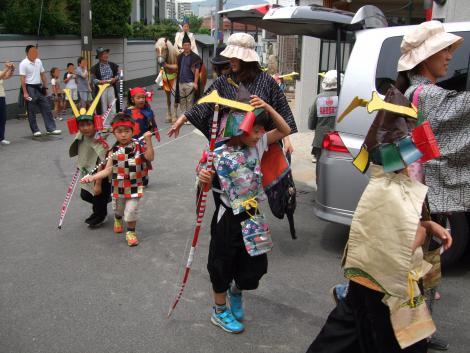 le-defile-du-transport-de-la-capitale-a-fukuhara2.jpg