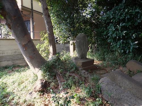 「板橋区遺跡番号146番 無名塚(浅間塚)」