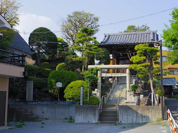 「下練馬の富士塚」