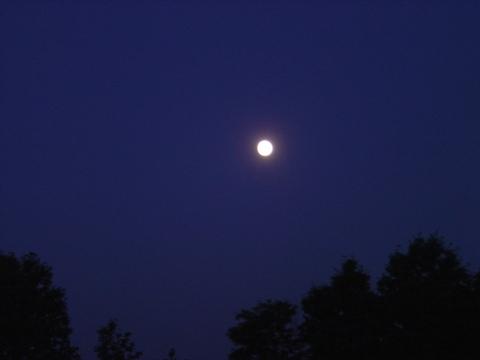 お月様(2010.06.25)